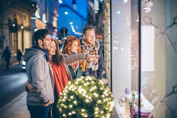 Retail analytics can inform shoppers' holiday preferences.
